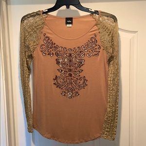Daytrip Long Lacy Sleeved Top size Medium
